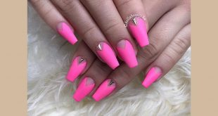 Neon love -------------------- Permanent 10% discount for students _