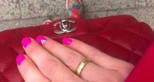 Saturday mood .... shopping & family, thanks for my colorful nails