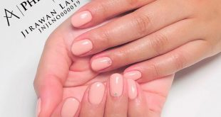 There is nothing a fresh manicure can't fix Bestill time hos meg>>