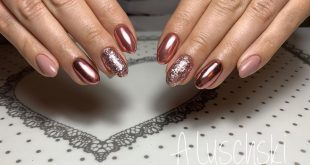 Combined manicure and gel polish, rubbing and rhinestonesCombi manicure and