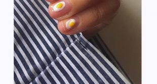 Fried eggs nails