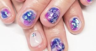 Hydrangea full art is also sweet to chibi nails The popular hydrangea nails are only available this season Preparation of the summer nail is definitely in silhouette I make a suitable campaign with my foot!
