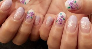 This is not a hydrangea, It is the art of the customer's shell to bring in design. Preparation of the summer nail is definitely in silhouette I make a suitable campaign with my foot!  reservation