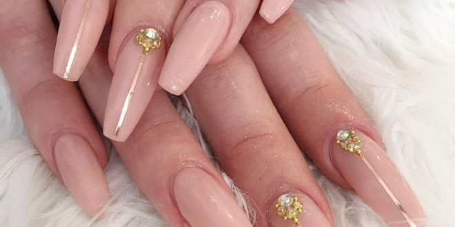 In a big set of nails, there is so much beauty and elegance. When you are happy