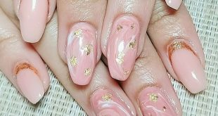Beautiful marble nails with bare .. Simple and elegant nails The nailuxe, pampe