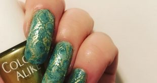 I wanted make another snake mani for  hosted by  . I used products sage and meow