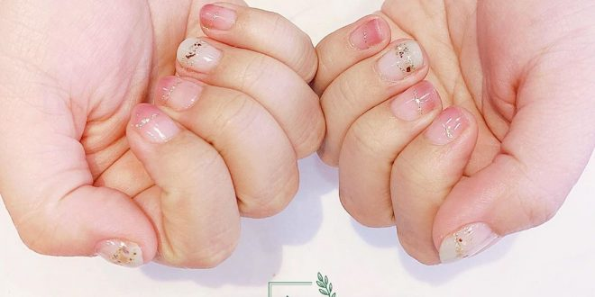 The best opportunity to have beautiful nails immediately, do not worry about the price