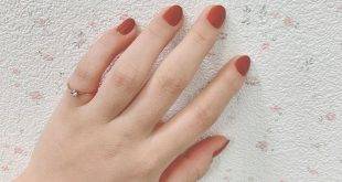 Even after a long time · · This is an opportunity because your own nails are growing! I think `` Sana Excel nail polish N NL12 & # 39; & # 39; Perfect for autumn and winter with