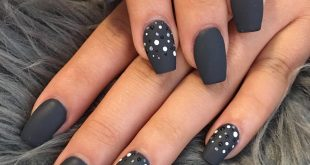 Doing nails can be relaxing, making us feel better and prettier.  .