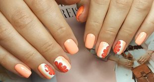 The orange mood Shellac nails for a nice sunny vacation ,