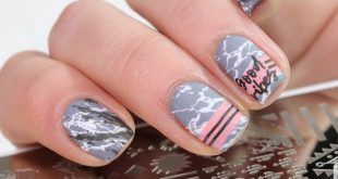 •Advertising Good Morning! I start the week with another stamping. All motives