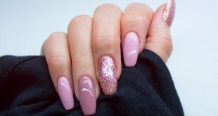 How do you like the nails? Mark a friend who also has these nails