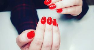 and another transfer from the old profile ... beautiful red on my sister's nails