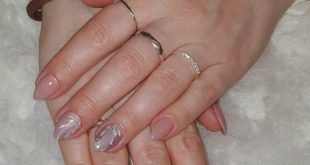 now a picture of both hands. Simple color again with stone