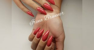 Natural nail reinforcement, extension with Poligel red