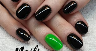 Shiny black and a cheerful green. Black Diamond 031 and Caribbean Green 041.