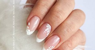Pink & White products: ESLR (Gel) + Iglu White Cream.  .  .