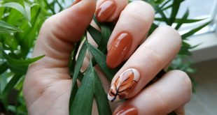 Leaf through Autumn leaf Nail shape - almond.  Coverage for three weeks