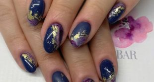 Gold leaf Matte nails Marble effect Perfection