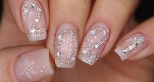 The finale of the season is the last nail art of this long and crazy year! It was really ..