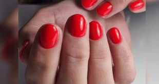 Beautiful red is always in fashion and for every occasion  do you like red and maybe it is